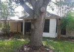 Foreclosed Home in Victoria 77904 RIDGE DR - Property ID: 4299723591