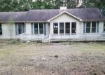 Foreclosed Home in Cumberland City 37050 OLD HIGHWAY 13 - Property ID: 4299998642