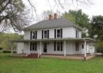 Foreclosed Home in Sweet Springs 65351 BRONCO LN - Property ID: 4301035318