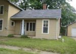 Foreclosed Home in Fenton 48430 CENTER ST - Property ID: 4301486886