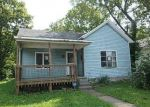 Foreclosed Home in Paris 40361 HANSON ST - Property ID: 4301580153