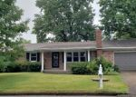 Foreclosed Home in Mount Vernon 47620 LAWRENCE DR - Property ID: 4301700608