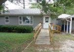 Foreclosed Home in Olney 62450 W ELM ST - Property ID: 4301704548