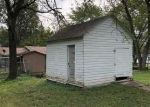 Foreclosed Home in Benton 62812 S BROWN ST - Property ID: 4301711109