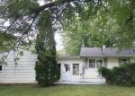 Foreclosed Home in Newton 50208 E 6TH ST S - Property ID: 4301797845