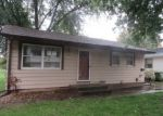 Foreclosed Home in Clinton 52732 BRIARCLIFF LN - Property ID: 4301800460