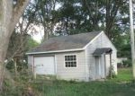 Foreclosed Home in Logansport 46947 BARCLAY ST - Property ID: 4301885431
