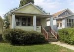 Foreclosed Home in Oak Park 60304 S CUYLER AVE - Property ID: 4302048354
