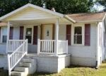 Foreclosed Home in Vandalia 62471 W SAINT CLAIR ST - Property ID: 4302078128