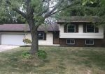 Foreclosed Home in Demotte 46310 N 460 E - Property ID: 4304291663