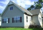 Foreclosed Home in Quincy 62301 LOCUST ST - Property ID: 4305078704