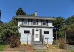 Foreclosed Home in Litchfield 62056 N CHESTNUT ST - Property ID: 4305092272