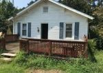 Foreclosed Home in Burgaw 28425 BELL WILLIAMS RD - Property ID: 4305661193