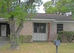 Foreclosed Home in Hallettsville 77964 S GLENDALE ST - Property ID: 4305877564