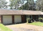 Foreclosed Home in Clinton 37716 OAK HILL RD - Property ID: 4306542406