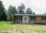 Foreclosed Home in Front Royal 22630 ROYAL WALNUT RD - Property ID: 4306547212