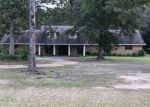 Foreclosed Home in Leesville 71446 ALEXANDRIA HWY - Property ID: 4307063596