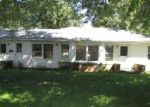 Foreclosed Home in Farmington 61531 S APPLE ST - Property ID: 4307794128