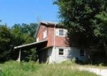 Foreclosed Home in Lewistown 61542 S CHESTNUT ST - Property ID: 4308383654
