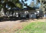 Foreclosed Home in Homedale 83628 W MONTANA AVE - Property ID: 4308437972