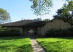 Foreclosed Home in Dickinson 77539 MEADOW LN - Property ID: 4308946447