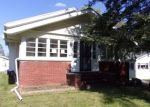 Foreclosed Home in Temperance 48182 ORCHARD ST - Property ID: 4309091865