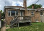 Foreclosed Home in Chicago 60646 N NAGLE AVE - Property ID: 4309504422