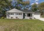 Foreclosed Home in Brunswick 44212 APPLEWOOD DR - Property ID: 4310561700