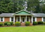 Foreclosed Home in Hendersonville 28792 BLUEBIRD DR - Property ID: 4311636933