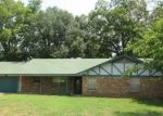 Foreclosed Home in Whitehouse 75791 BASCOM RD - Property ID: 4311655311