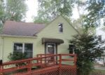 Foreclosed Home in Cleveland 44124 SUNSET RD - Property ID: 4311873429
