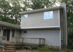 Foreclosed Home in Stratford 06614 JAMES FARM RD - Property ID: 4311884821