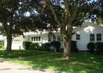 Foreclosed Home in Tiverton 2878 BAYVIEW AVE - Property ID: 4312170372