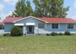 Foreclosed Home in Laurinburg 28352 STATE LINE RD - Property ID: 4312885583