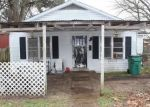 Foreclosed Home in Hearne 77859 E 1ST ST - Property ID: 4312898280