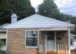 Foreclosed Home in South Bend 46616 PARKVIEW PL - Property ID: 4313042828