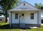 Foreclosed Home in Olney 62450 W BUTLER ST - Property ID: 4313375682
