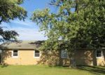 Foreclosed Home in Watseka 60970 N 2000 EAST RD - Property ID: 4313400195