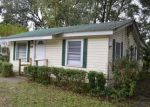 Foreclosed Home in Live Oak 32064 BARCLAY ST SW - Property ID: 4313773354
