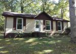 Foreclosed Home in Dickson 37055 BURNETT RD - Property ID: 4315313272