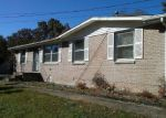 Foreclosed Home in Mc Ewen 37101 HILLTOP DR - Property ID: 4315320271