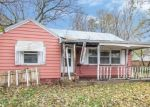 Foreclosed Home in Marion 52302 5TH AVE - Property ID: 4315797678