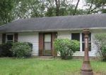 Foreclosed Home in Urbana 61802 E ILLINOIS ST - Property ID: 4315954917