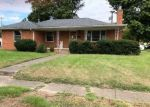 Foreclosed Home in Owensboro 42301 LYDIA DR - Property ID: 4316980195
