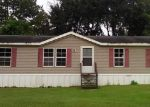 Foreclosed Home in Boston 31626 OAKRIDGE AVE - Property ID: 4317122546