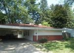 Foreclosed Home in Toledo 43606 WICKLOW RD - Property ID: 4318282741
