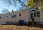 Foreclosed Home in Cranston 02920 NEWWOOD DR - Property ID: 4319387303
