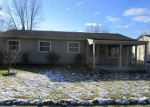 Foreclosed Home in Romulus 48174 WOODMONT ST - Property ID: 4320271132
