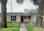 Foreclosed Home in Victoria 77904 EVERGREEN ST - Property ID: 4320416103