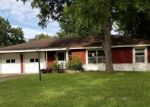Foreclosed Home in Pasadena 77503 SHERBROOKE RD - Property ID: 4320419617